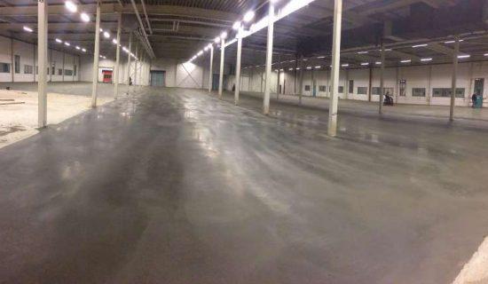 betonvloer bedrijfshal